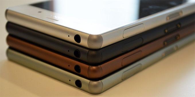 Și Sony Xperia Z3 se îndoaie în buzunar bend xperia sony