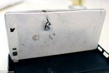 Huawei P8 Lite a oprit un glonț, salvând viața posesorului p8 huawei