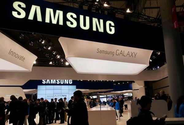 Galaxy X - Vom vedea un telefon pliabil la MWC? galaxy x samsung MWC