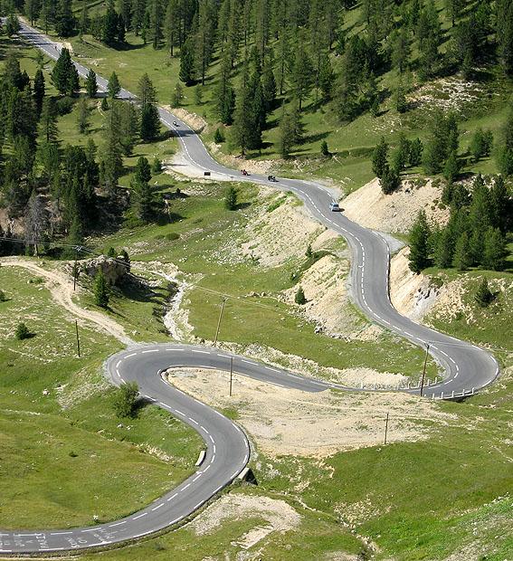 winding-mountain-road Cum să faci o fotografie bună cu smartphone-ul tău