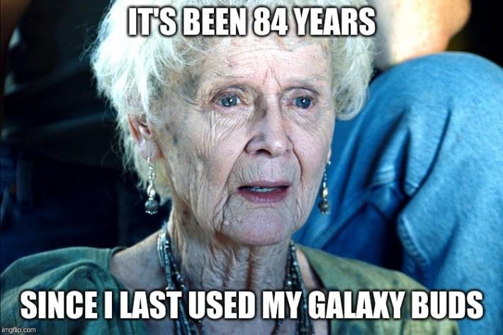 Cum să stai aproape o lună cu Galaxy Buds în service-ul Samsung Plaza...și încă aștept service samsung